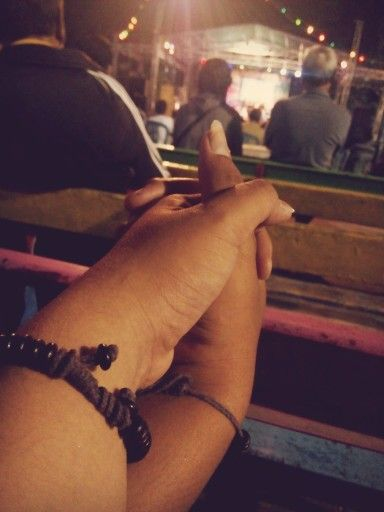 hold my hand and be with me