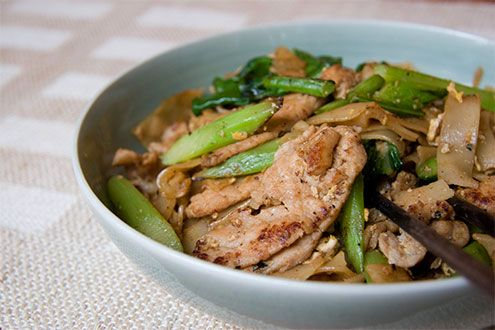 Pad See Ew: Beginners, Asian Recipes, Pad See Ew, Ew Recipe, Food, Savory Recipes, Recipes Pasta, Pad Siew