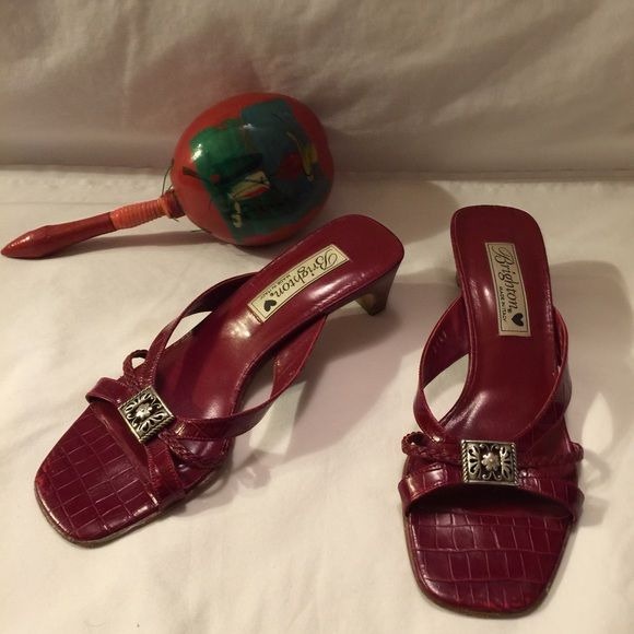Brighton Sandals EUC burgundy Red Brighton slip on sandals  made in Italy and the style is Kayla Brighton Shoes Sandals