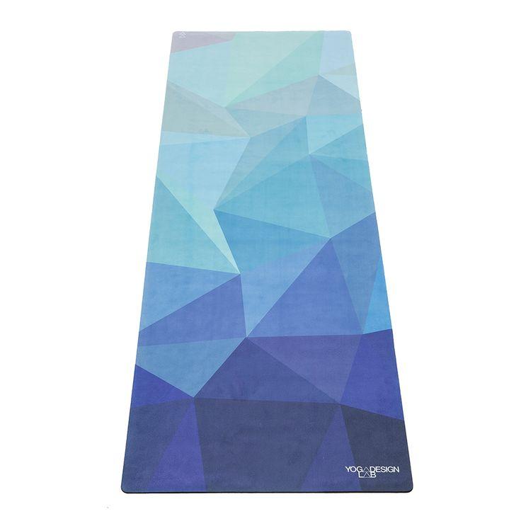 Luxuriöse und saugfähige Mikrofaser Oberschicht verklebt mit einer natürlichen Gummibasis. Gibt dir die Griffigkeit von einem Handtuch und die Gemütlichkeit einer Yogamatte Ideal für Yoga, Bikram, Hot Yoga, Pilates und körperliche Aktivitäten im Allgemeinen. Keine…
