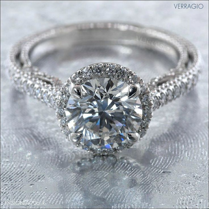 I love the band and the cut if the diamond beautiful ring :-) @elisa222 :D