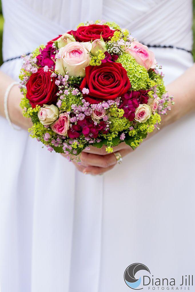 Bruidsboeket Juni Enkele Van De Gebruikte Bloemen Roos Baby 39 S Adem Swee Bloemen Decoratie Bridal Bouquet Bridal Bouquet Pink Rose Bridal Bouquet