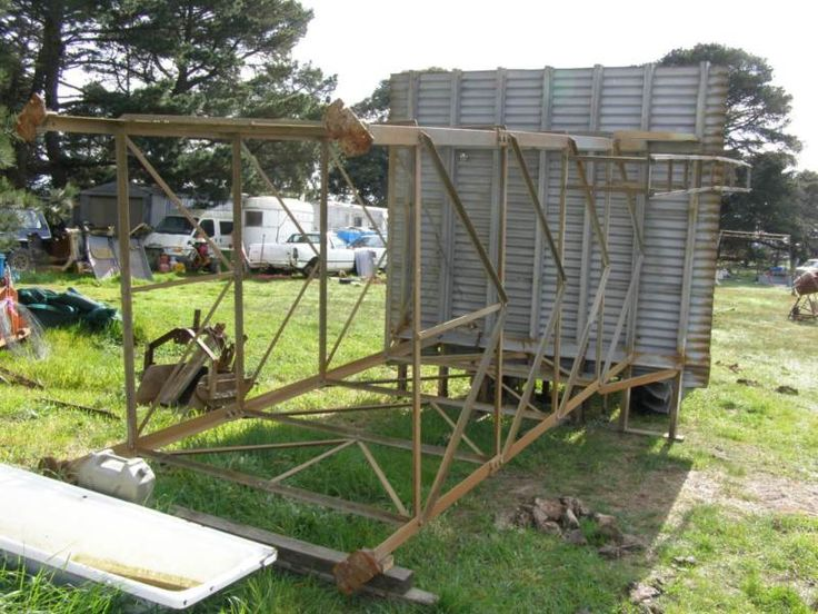 http://www.gumtree.com.au/s-ad/beaufort/miscellaneous-goods/water-tank-high-galv-steel-stand-large/1091328130