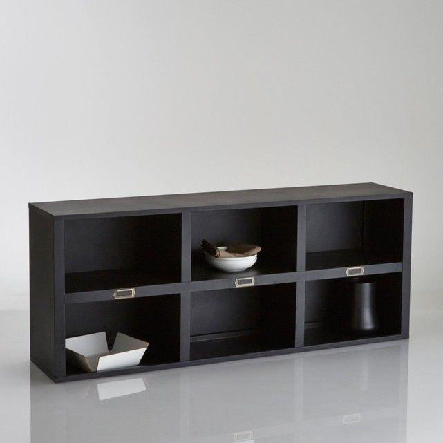 Le sur-meuble ou étagère 6 cases HIBA. Authentique et raffiné, le style néo-industriel s'invite à la maison pour une déco très vintage. Vous pouvez utiliser ce meuble seul comme étagère ou en sur-meuble en l'associant au buffet 3 portes Hiba vendu sur le site.Description du sur-meuble 6 niches Hiba :6 niches3 porte-étiquettesCaractéristiques du sur-meuble 3 niches Hiba :En acier laqué coloris noir matFinition epoxyRetrouvez le buffet 3 portes assorti et d'autres modèles de la collecti...