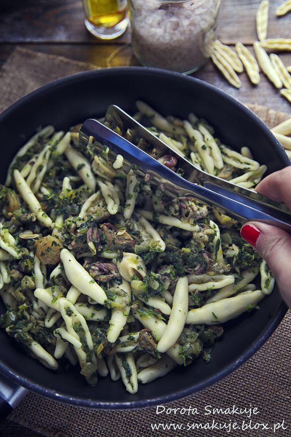 Makaron z zielonym groszkiem, szpinakiem i parmezanem