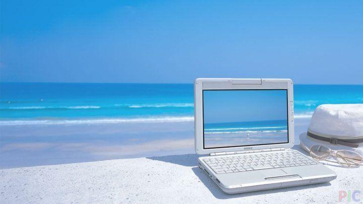 Ноутбук (49 фото) http://classpic.ru/blog/noutbuk-49-foto.html   Современный человек стал очень зависим от новых технологий, а компьютер является неотъемлемой частью технологического развития. Ноутбук – небольшой, переносной и...