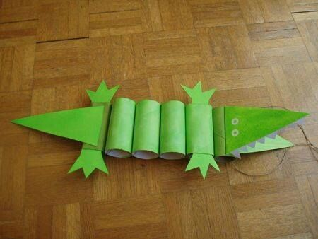 Make a crocodile out of toilet paper rolls!