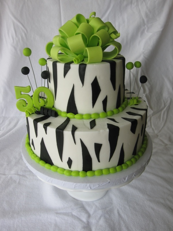 Maybe when I turn 40, I can get a cake like this ...