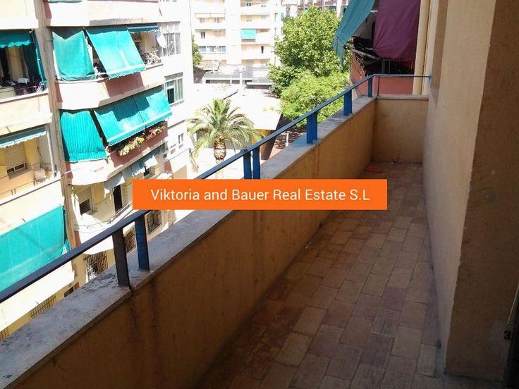 Недорогая квартира в Colonia Requena-Virgen del Carmen, Alicante Цена - € 19,000 Квартира на 4-м этаже, 3 комнаты, на Пласа-де-Оран, в хорошем состоянии, требует небольшого ремонта. общая площадь — 65 м2 3 спальни 1 ванная комната балкон Район очень хорошо связан и со всеми услугами поблизости, супермаркетами, школами, трамваем, автобусом. Подробнее с предложением можно ознакомиться здесь https://viktoriaandbauer.com/property/869/
