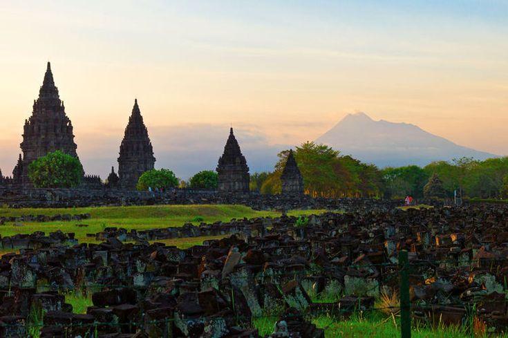 Le Temple de Prambanan à Java : L'Indonésie comme vous ne l'avez jamais vue - Linternaute.com Voyager