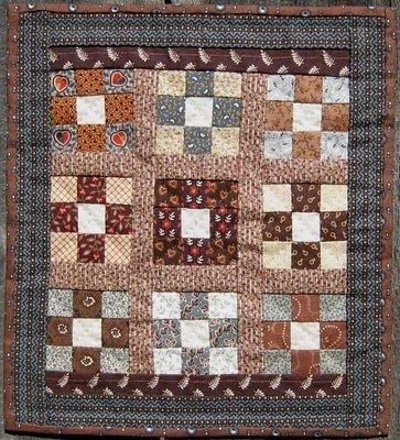The Humble Stitcher: Nine Patch Doll Quilt