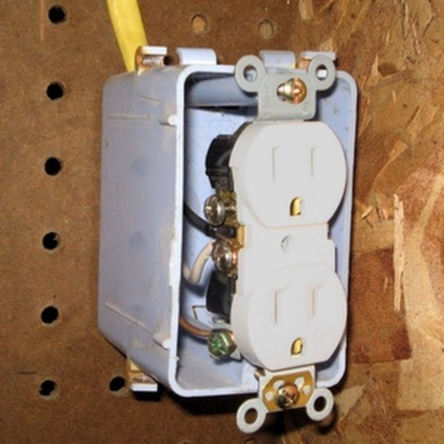 how to add an electrical outlet from an existing light basic house wiring basic house wiring diagrams #5