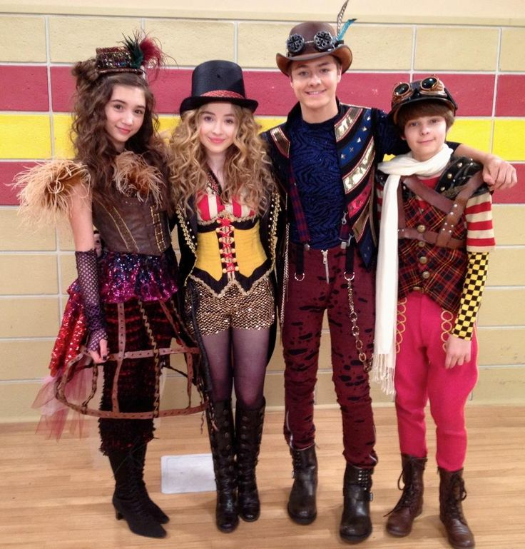 girl meets world may halloween costume - love the lion tamer costume