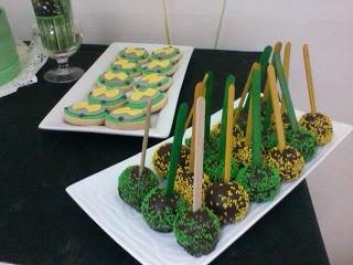 cupcakes amelie rosario: CUMPLE BEN 10 de Facu !!!!!!!!