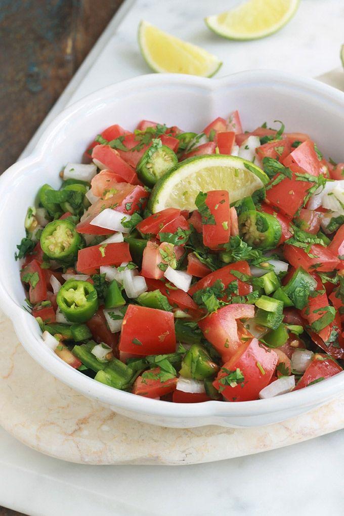Voici le vrai pico de gallo, aussi appelé salsa fresca ou salsa fraîche. C&#39…