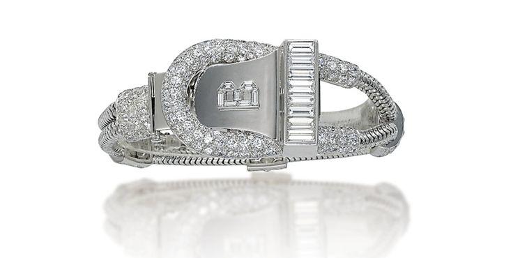 Montre-bracelet Art Déco de Boucheron Christie's Geneva http://www.vogue.fr/joaillerie/a-voir/diaporama/la-vente-aux-encheres-de-bijoux-magnificent-jewels-2014-de-christie-s-geneve/21005/image/1110315#!montre-bracelet-art-deco-de-boucheron-christie-039-s-geneva