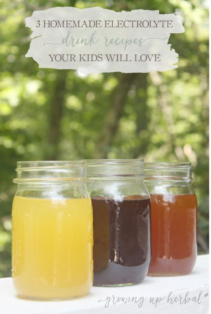 3 Homemade Electrolyte Drink Recipes Your Kids Will Love | Growing Up Herbal | Try these homemade electrolyte drink recipes the next time your kiddo needs to stay hydrated naturally! They taste great! http:∕∕www.growingupherbal.com∕homemade-electrolyte-drink-recipes∕?utm_campaign=coschedule&utm_source=pinterest&utm_medium=Meagan%20-%20GrowingUpHerbal&utm_content=3%20Homemade%20Electrolyte%20Drink%20Recipes%20Your%20Kids%20Will%20Love