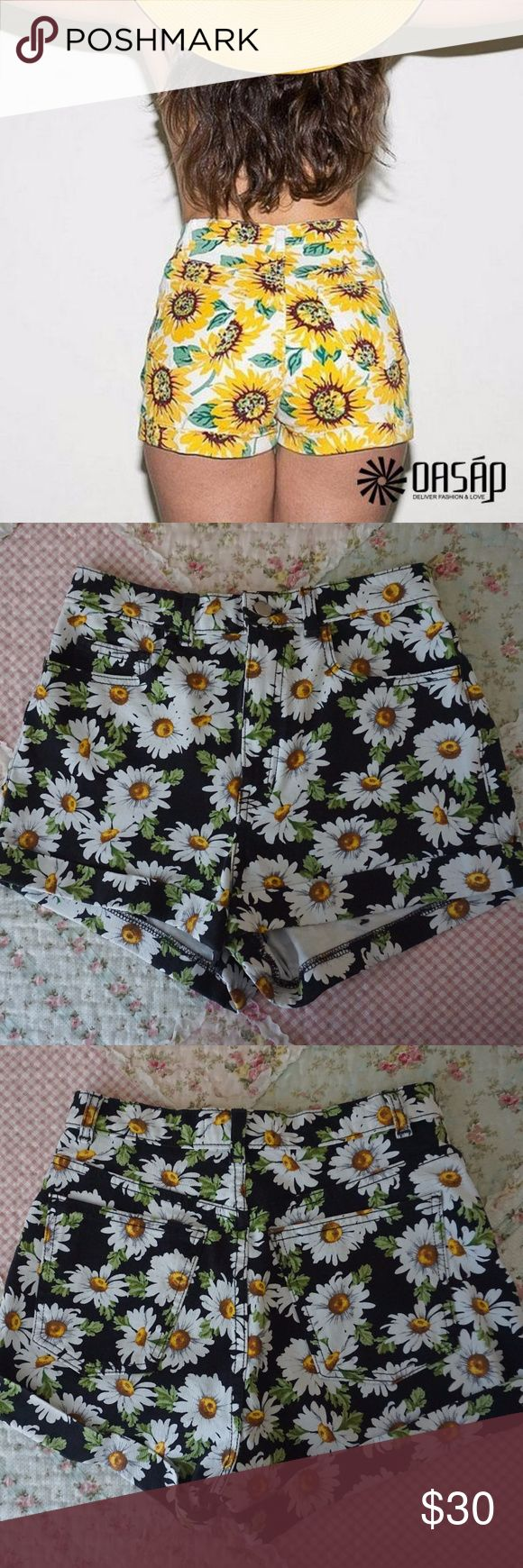 American Apparel Daisy Short High Waist American Apparel Shorts. Black with daisy print. American Apparel Shorts