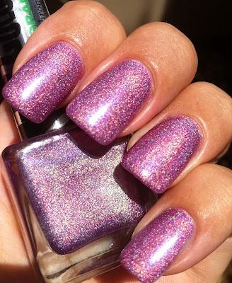 lila naglar♥