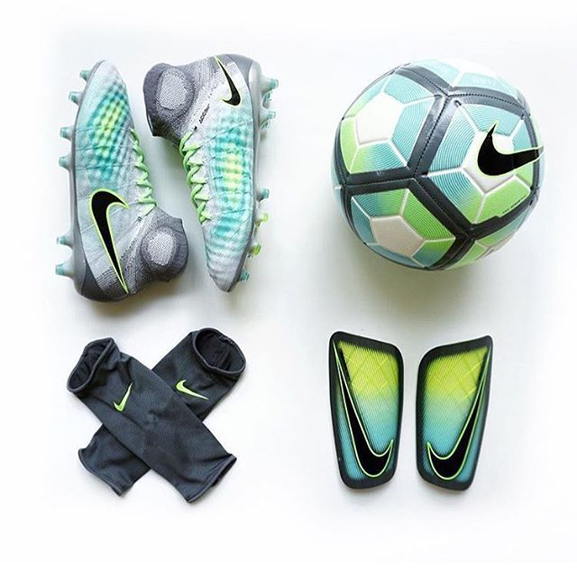 Who would rock this combo? @spaceofsoccer