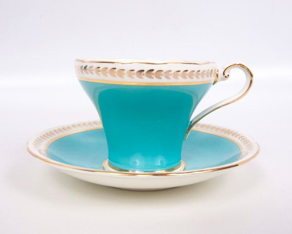 Vintage Aynsley Teacup Teal Made in England Bone China Tea Turquoise tasse et soucoupe or Trim