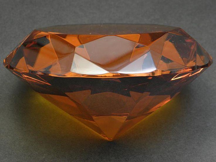Diament ogromny 100 mm. - miodowy