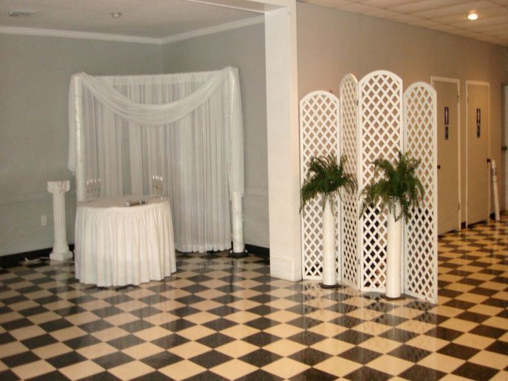 These Indoor Ceremony Backdrops Will Make You Pray For: 17 Best Images About Wedding Screen On Pinterest