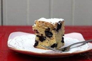 Vanilla, White Chocolate, Blueberry Blondie Recipe - Julie Le Clerc