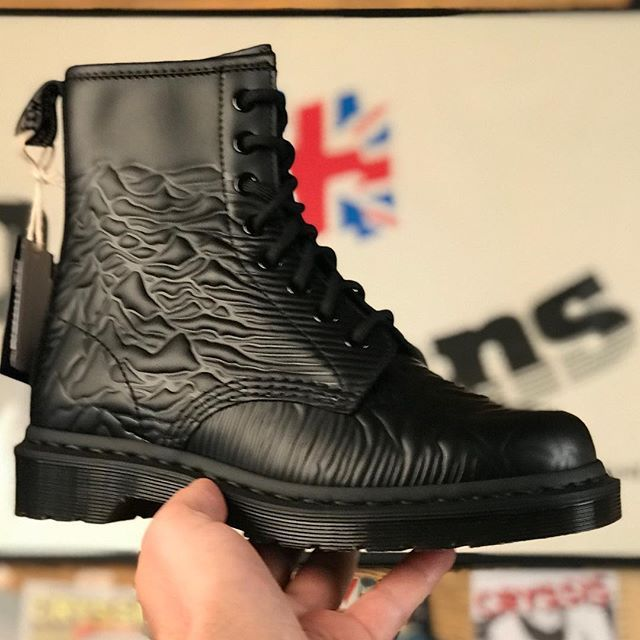 7fb5d3faef6 Dr. Martens x Joy Division New in @pick_up_official Better be quick! # drmartens #pickupsince1978 #joydivision #boots #black  #theplacefordocmartens #buylocal