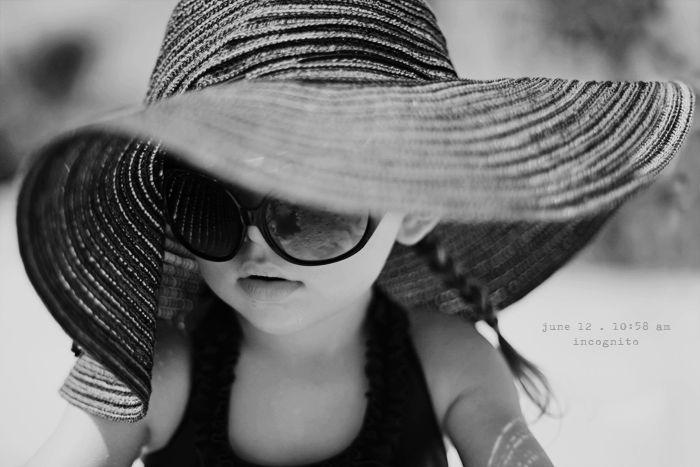 i love oversized hats!