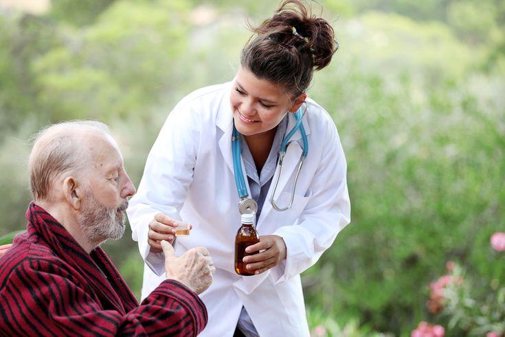 Die Prosenior UG ist seit 2008 im Bereich der häuslichen 24-Stunden-Pflege tätig und setzt überwiegend polnische Pflegekräfte ein. http://www.prosenior-betreuung.de/konzept.html