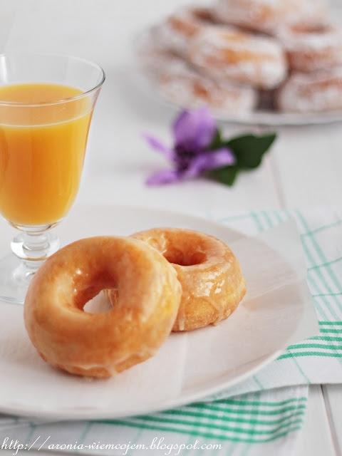 Pomarańczowe pączki z dziurką @ Wiem co jem