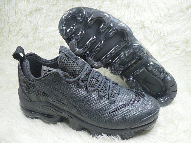Online Nike Air Max Plus Tn Triple Black Sneakers Men S Running Shoes Nike Air Max Nike Air Max Tn Nike Air Max Plus