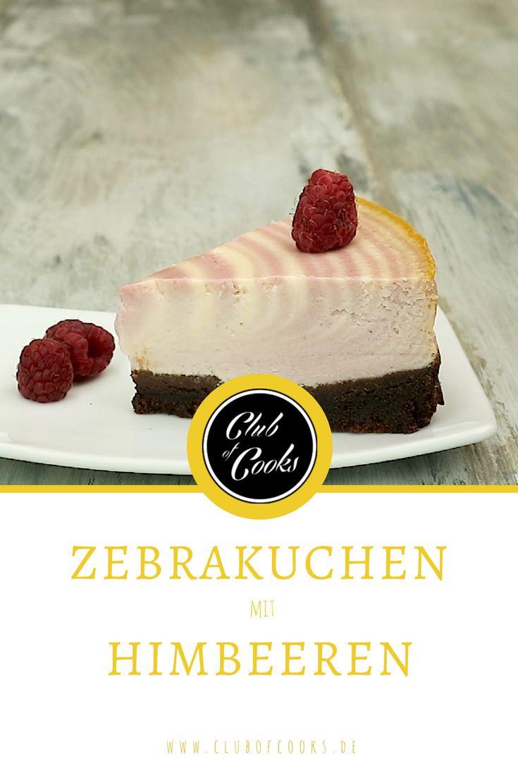 Zebra-Kuchen macht auf jedem Kaffeetisch was her und schmeckt dabei auch noch lecker leicht. Oft wird Schokolade kombiniert um die typischen Streifen zu zaubern, in diesem Rezept wird auf eine fruchtige Variante gesetzt. Dazu noch frische Himbeeren zur Dekoration und fertig ist der leckere Kuchen!