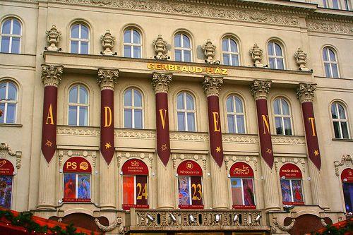 BudapestZIN: Advent Calendar Opens at 5 p.m. Dec 1 | Gerbeaud Tradition