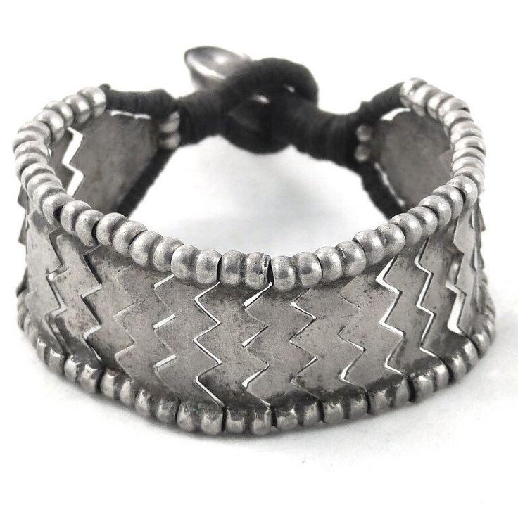 Een persoonlijke favoriet uit mijn Etsy shop https://www.etsy.com/nl/listing/498059772/vintage-armband-voor-solid-silver
