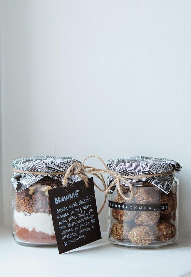 Gift ideas in jar // Herkullinen lahja purkissa  http://minajamorris.blogspot.fi/2014/12/pari-herkkua-joululahjaa.html