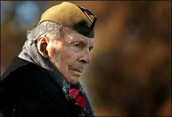 Last U.S. World War I veteran Frank W. Buckles dies at 110, Feb. 27, 2011,