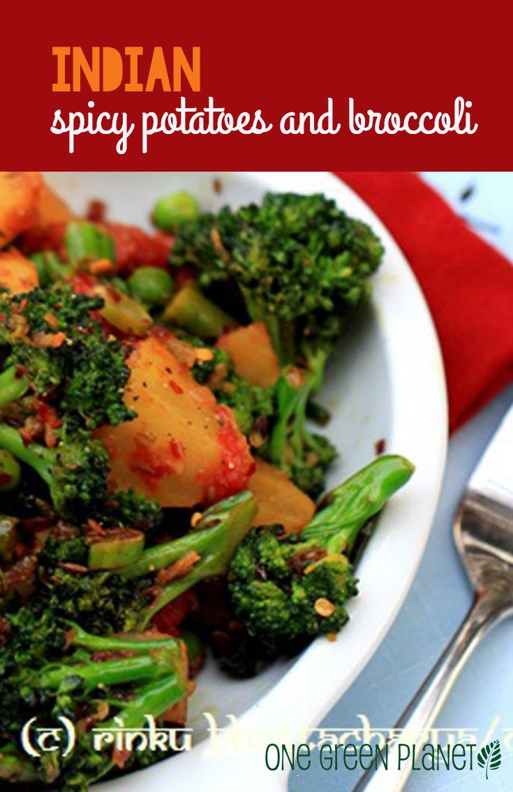 Indian Spicy Potatoes and Broccoli http://onegr.pl/1s2X9H4 #vegan #indianfood #recipe