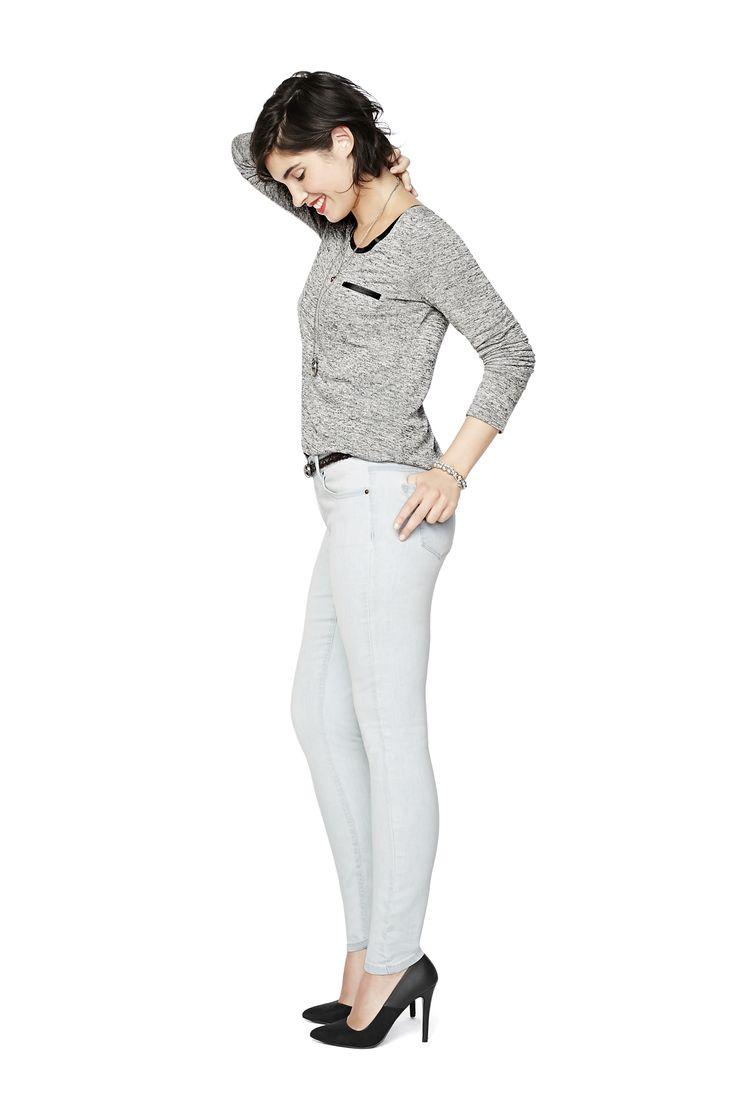Insider : Avec une coupe taille basse, mais pas trop basse, ces jeans sont élégants et affineront votre silhouette. Ils donnent tout son sens à l'expression «Aller comme un gant ».