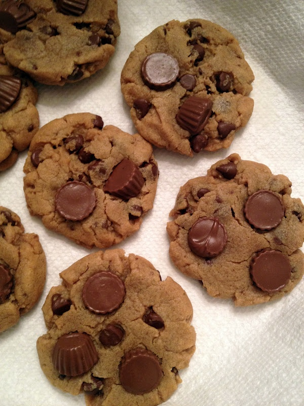 Domesticated Duchess:  Reeses Cup Cookies