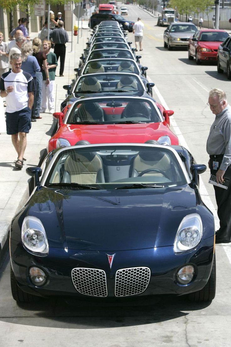 Pontiac Solstice - 1st 1,000 Ready to Roll