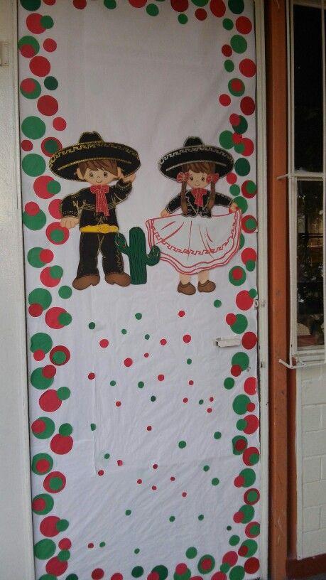 Decoración de puerta fiestas patrias, mes de septiembre, niños charros, Viva México