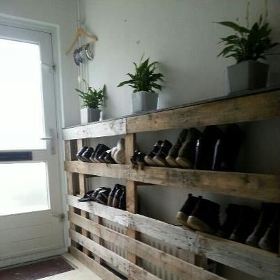 schuhregal paletten recycled pinterest pallet wood pallets and shoe racks. Black Bedroom Furniture Sets. Home Design Ideas
