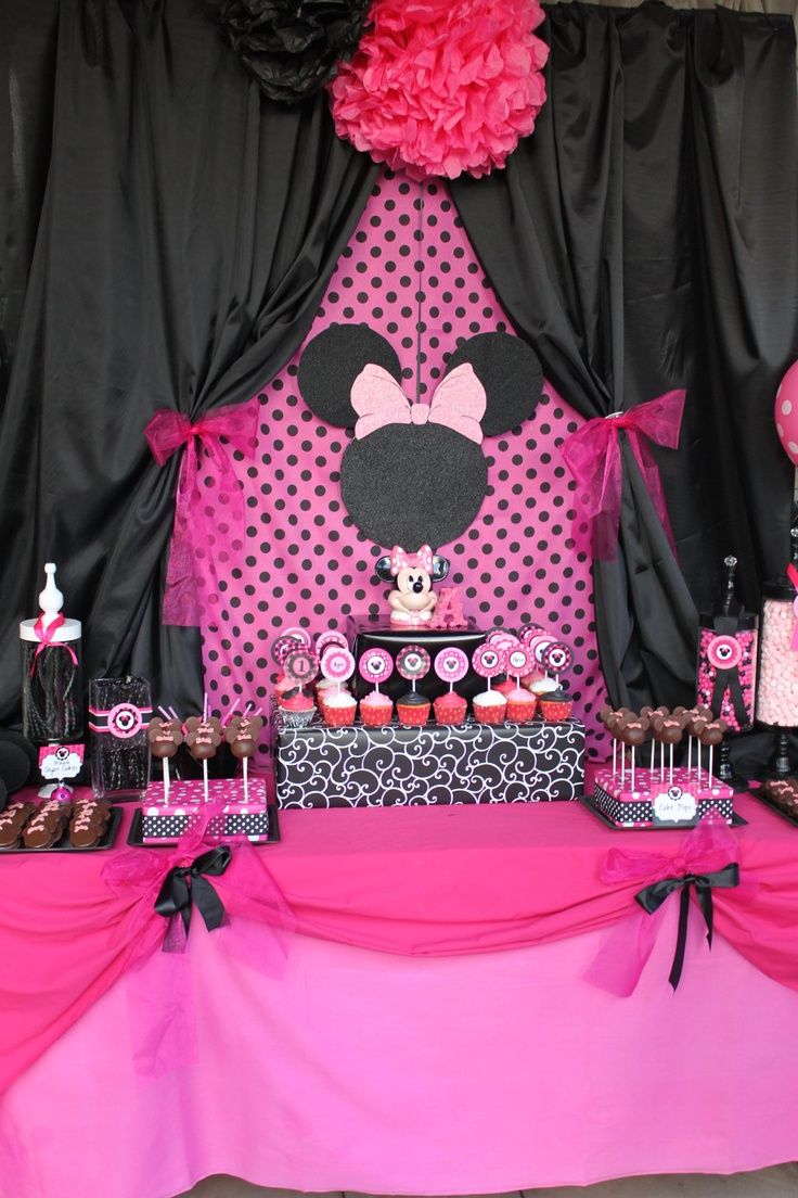 "MINNIE Mouse party printables "" Candy Jar Labels Black and Pink Birthday Collection - Krown Kreations. $4.99, via Etsy."