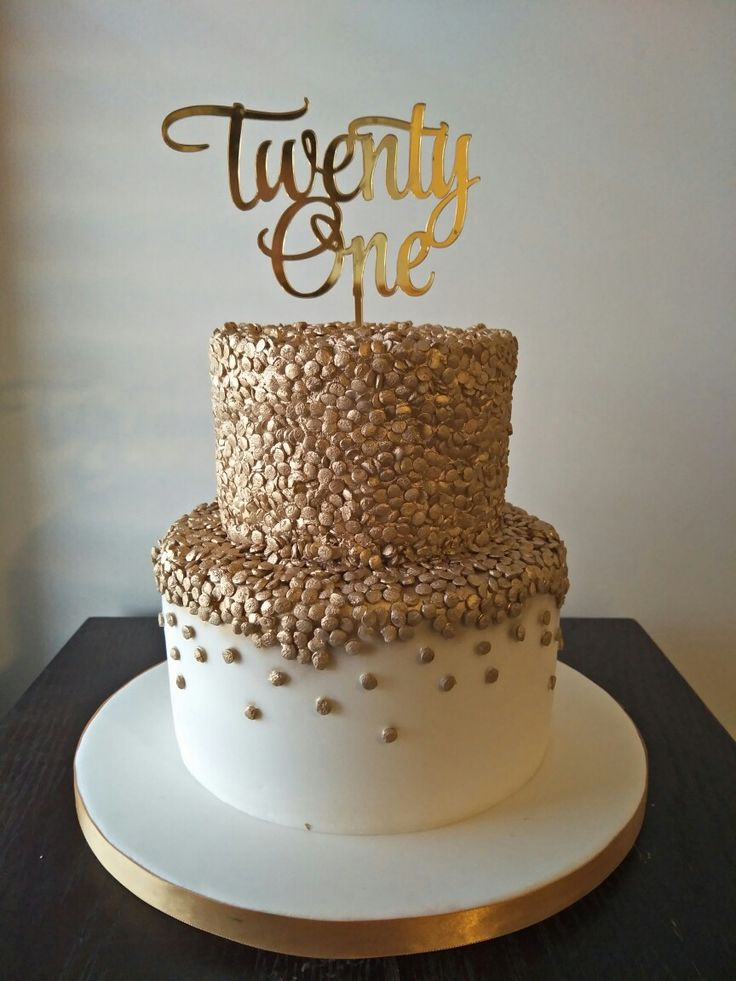 Gold Sequin Cake Decoration : Best 25+ Sequin cake ideas on Pinterest Gold cake, Gold ...