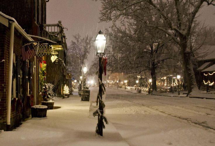 Restaurant Main Street St Charles