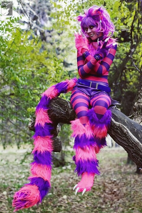 Cheshire cat @Mel Young   Great costume idea!