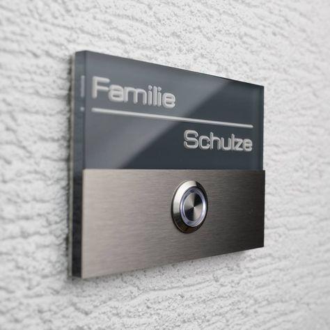 Das perfekte Klingelschild für ihr Eigenheim. Hochwertiges Klingelschild aus Acrylglas und Edelstahl im modernen Design. Individuell graviert mit Ihrem Nam
