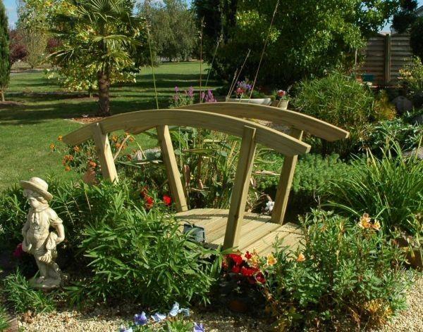 pont de jardin pas cher grand pont de jardin passerelle de ruisseau fer metal cm with pont de. Black Bedroom Furniture Sets. Home Design Ideas